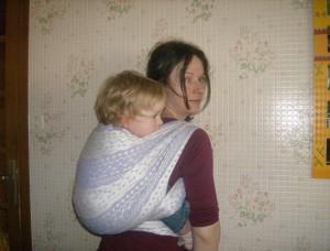 Position du bébé dans l'écharpe de portage - Pearl de Nati