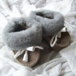 chaussons chauds gris